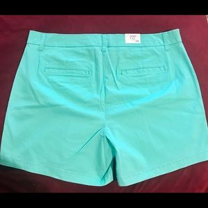 crown & ivy Shorts - Crown & Ivy Light Green Shorts New With Tags